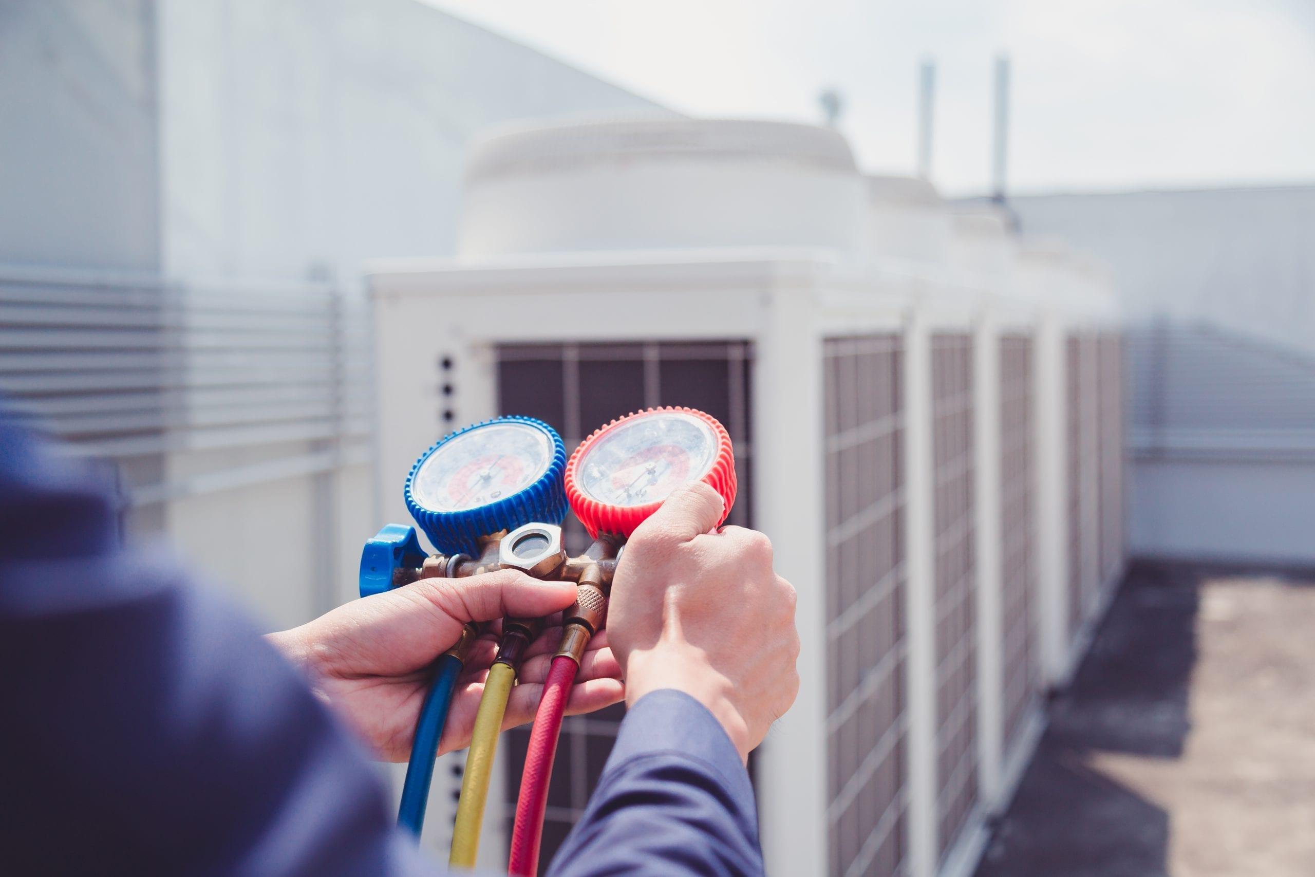 Gasmeting van airconditioning systeem op dak